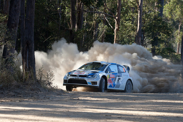 WRC-2013-AUSTRALIE-VW-POLO-SEB-OGIER-Photo-Jo-LILLINI