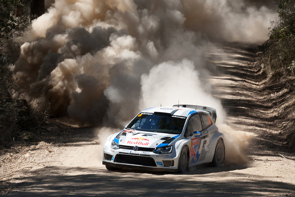 WRC-2013-AUSTRALIE-VW-SEB-OGIER-Photo-Jo-LILLINI.