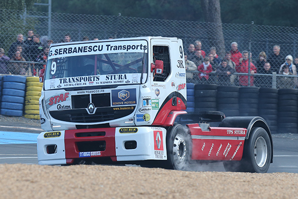 24-HEURES-DU-MANS-CAMION-2013-RENAULT-PREMIUM-de-Stephane-LANGUILLAT-photo-Gilles-VITRY