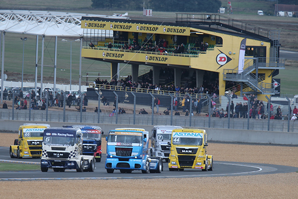 24-HEURES-DU-MANS-CAMIONS-2013-depart-manche-Coupe-de-FRANCE-photo-Gilles-VITRY