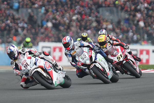 La griserie de la course en paquet_ Photo Gilles VITRY autonewsinfo