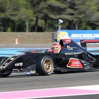 EUROCUP-Formule-RENAULT-2013-Paul-Ricard-Esteban-Ocon-1er-seconde-course-photo-Gilles-VITRY