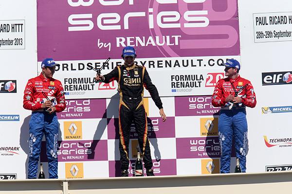 EUROCUP-Formule-RENAULT-2013-Podium-seconde-course-au-Paul-Ricard-avec-Esteban-Ocon-1er.