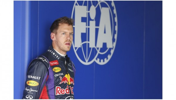 F1-2013-COREE-SEB-VETTEL-portrait-photo-RENAULT