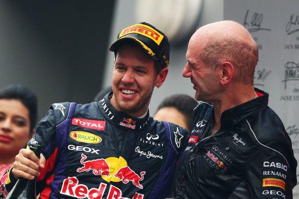 F1-2013-GP-INDE-VETTEL-et-Adrian-NEWEY