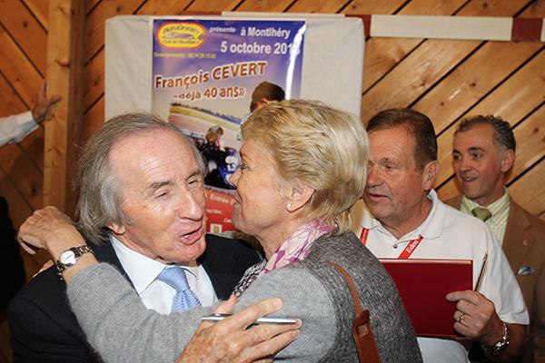 FRANCOIS-CEVERT-HOMMAGE-MONTLHERY-Jacqueline-et-Sir-Jackie-5-octobre-2013-photo-Gilles-VITRY