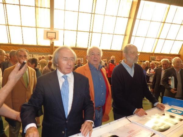 FRANCOIS-CEVERT-MONTLHERY-Hommage-5-oct-2013-Sir-Jackie-STAWART-JP-BELTOISE-et-Henri-PESCAROLO-Photo-autonewsinfo.
