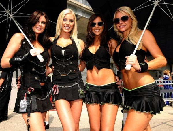 GRID-GIRLS-MONSTER