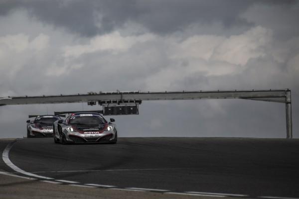 HEXIS-Racing-Les-deux-McLaren-a-LEDENON-en-2013