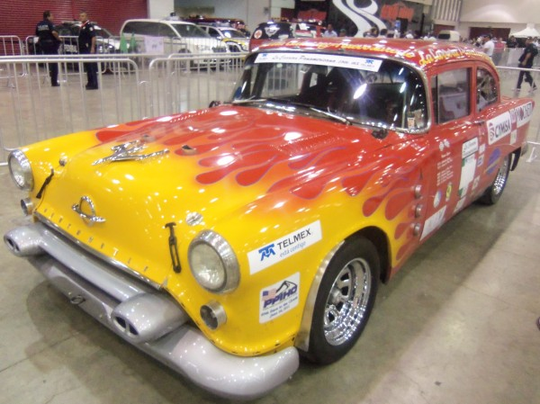 PANAMERICANA 2013 - La legendaire Oldsmobile de Doug Mockett.
