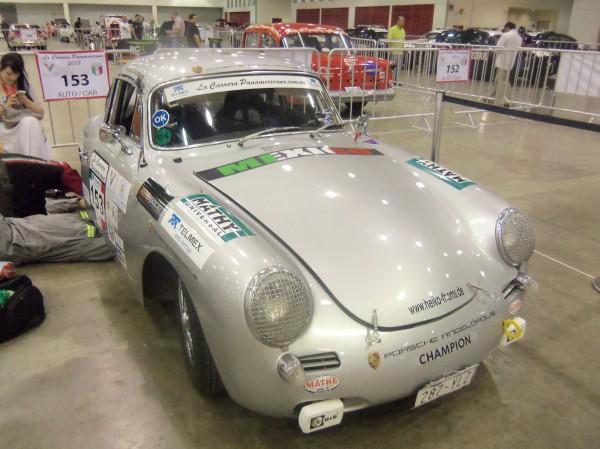PANAMERICANA 2013 - Splendide Porsche 356 au départ.