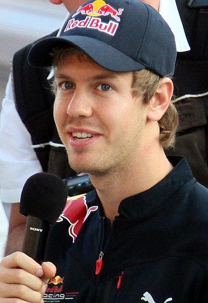RED-BULL-Le-meilleur-Ambassadeur-Sebastian-VETTEL-Champion-du-monde-de-F1-en-2010-2011-2012-et-en-route-vers-un-4eme-titre-mondial
