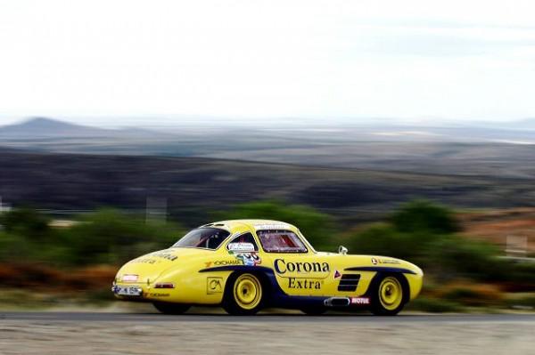 PANAMERICANA - Pierre de Thoisy, multiple vainqueur de la Carrera. Ici avec sa MERCEDES 300 SL