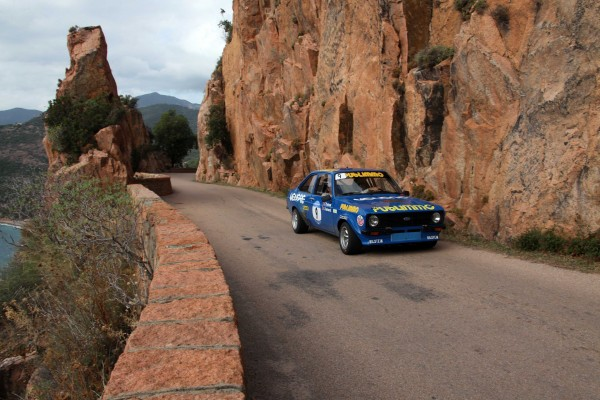 TOUR-DE-CORSE-HISTORIQUE-2013-FORD-ESCORT-PADRONA-photo-Francois-HAASE