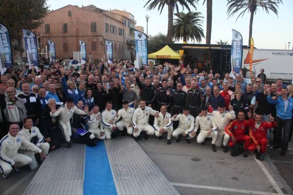 TOUR DE CORSE HISTORIQUE 2013 - Tous les concurrents avant depart ILE ROUSSE - Photo HAASE FOTO CLASSIC