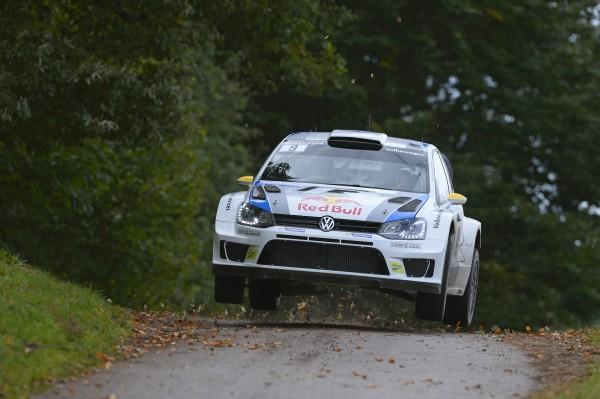 WRC-2013-ALSACE-Andreas-MIKKELSEN-1ere-journée.