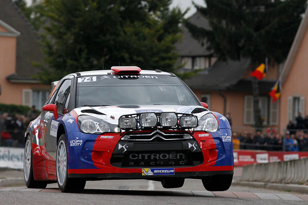 WRC-2013-ALSACE-CITROEN-DS3-de-KUBICA-photo-JoLILINI