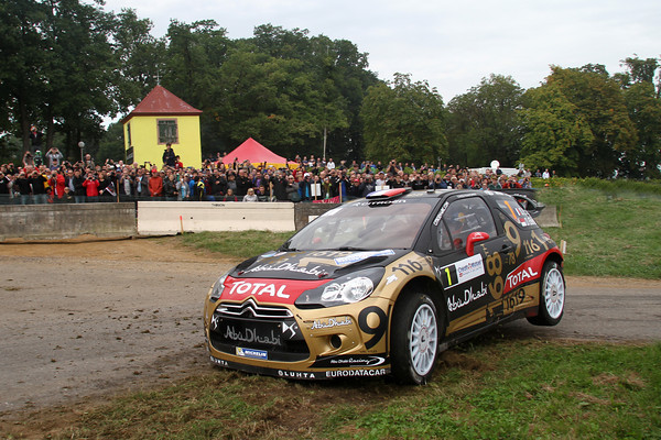 WRC-2013-ALSACE-DS3-LOEB-ELENA-photo-Jo-LILLINI.
