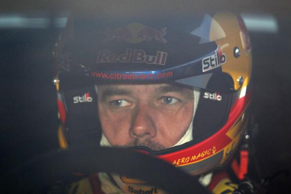 WRC-2013-ALSACE-DS3-Sebastien-LOEB-avant-le-depart-photo-Jo-LILLINI