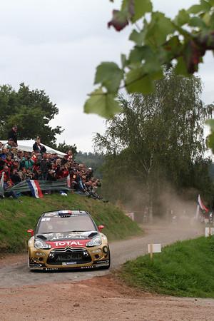 WRC-2013-ALSACE-La-DS3-CITROEN-de-Sébastien-LOEB-Daniel-ELENA-1-Photo-Jo-LILLINI.