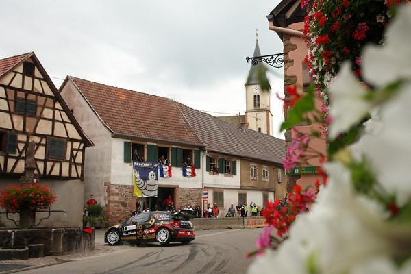 WRC-2013-ALSACE-La-DS3-de-LOEB-ELENA-Photo-Jo-lillini