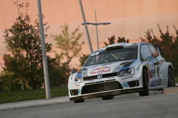 WRC 2013 ALSACE - Sébastien Ogier et Julien Ingrassia filent vers le titre mondial avec leur Volkswagen Polo R WRC