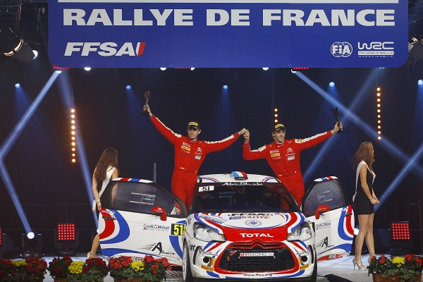 WRC-2013-ALSACE-Seb-CHARDONNET-Thibault-de-la-HAYE-CHAMPIONS-DU-MONDE-WRC-3-photo-FFSA-DPPI