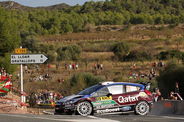 WRC-2013-CATALOGNE-NEUVILLE-et-GILSOUL-FORD.