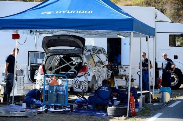 WRC-2013-HYUNDAI-MOTORSPORT-Test-29-octobre-en-CATALOGNE-a-FALSET-Photo-Richard-BALINT