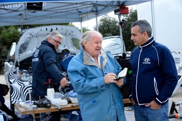 WRC 2013 HYUNDAI Essais CATALOGNE 29 octobre -Interview Gilles GAIGNAULT avec Alain PENASSE