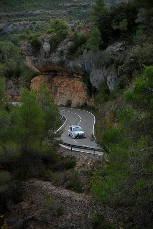 WRC-2013-HYUNDAI-Essais-CATALOGNE-29-octobre-Test-HUNDAI-I-20-avec-Bryan-BOUFFIER