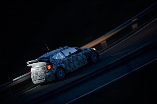 WRC-2013-HYUNDAI-MOTORSPORT-test-de-nuit-en-Catalogne