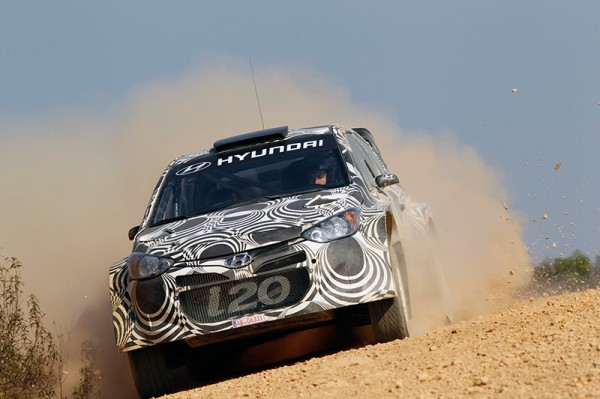 WRC-2013-Test-HYUNDAI-Espagne-essai-terre