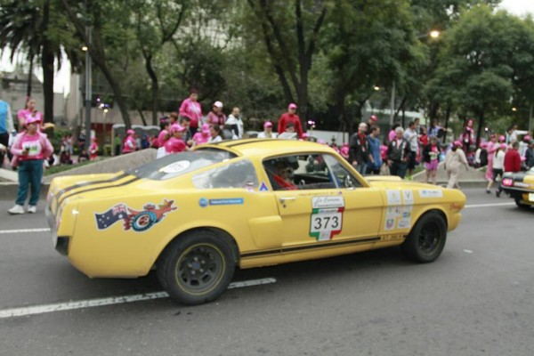 CARRERA-PANAMERICANA-2013-FORD-MUSTANG