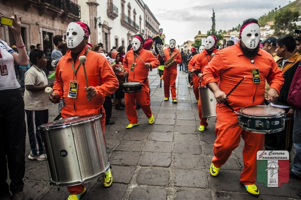CARRERA-PANAMERICANA-2013-La-traditionnelle-fête-à-larrivée-a-ZACATECAS
