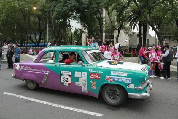 CARRERA-PANAMERICANA-2013-Presence-annuelle-des-Americaines-des-Fifties