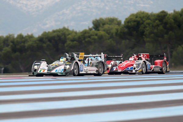 ELMS-2013-PAUL-RICARD-La-bagarre-en-debut-de-course-entre-les-Teams-MURPHY-THIRIET-et-JOTA-photo-Gilles-VITRY