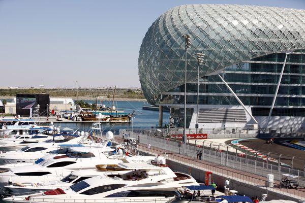 F1-2013-ABOU-DHABI-Circuit-de-YAS-MARINA