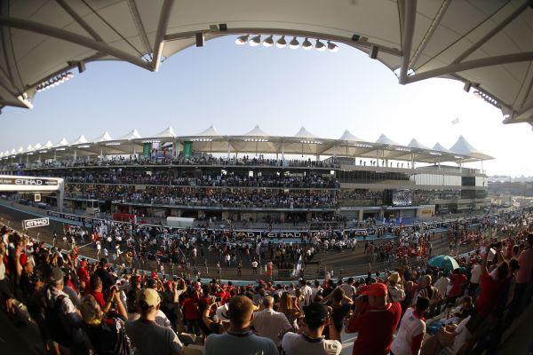 F1-2013-ABOU-DHABI-Le-circuit-de-YAS-MARINA