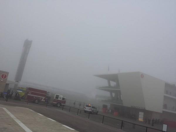 F1-2013-AUSTIN-Brouillard-sur-le-Texas-vendredi-avant-la-premiere-seance-des-essais-libres