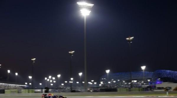 F1-ABOU-DHABI-2013-Victoire-de-la-RED-BULL-RENAULT-DE-VETTEL-le-3-Novembre-11eme-succes-2013-et-7eme-consecutIf-photo-RST