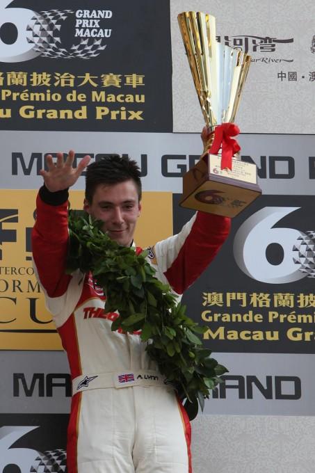 F3-GP-DE-MACAO-Alex-LYNN-Vainqueur-de-la-course-de-qualification