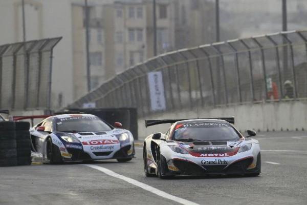 GT-FIA-2013-BAKJOU-LES-MC-LAREN-HEXIS-ET-SLR-Phoro-SRO-V-Images-Fabre