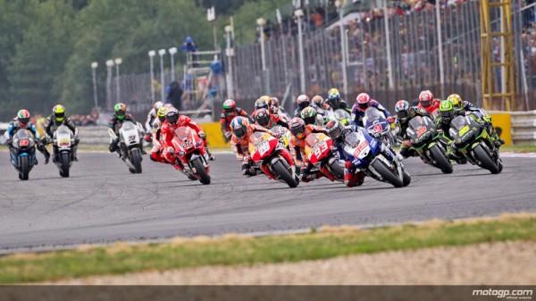 MOTO-GP-2013-un-départ.