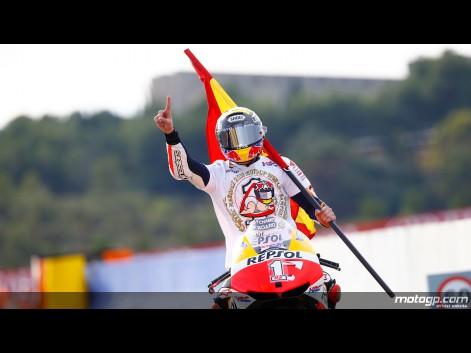 MOTOGP-2013-GP-VALENCIA-Tour-Honneur-MARC-MARQUEZ-CHAMPION-DU-MONDE-2013-Dimanche-10-novembre