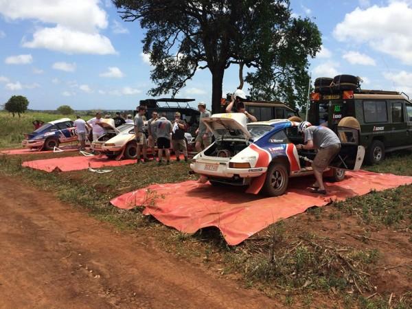 SAFARI KENYA 2013 - Les 3 PORSCHE KRONOS en assistance