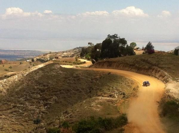 SAFARI-KENYA-CLASSIC-2013-A-flanc-de-montagne