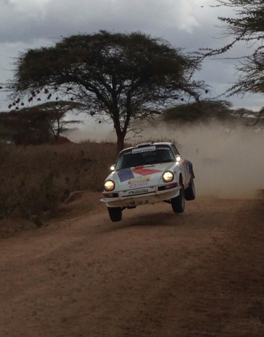 SAFARI-KENYA-CLASSIC-2013-La-PORSCHE-KRONOS-Num-16-de-VANDROMME-VIVIER