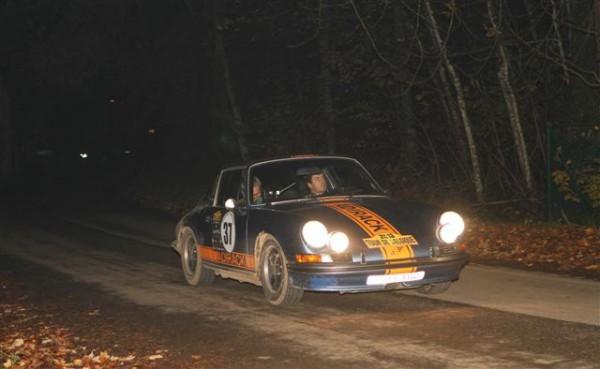 TOUR-DE-BELGIQUE-HISTORIQUE-2013-Declerck-Deplancke-Porsche-911-septièmes-©-Manfred-GIET