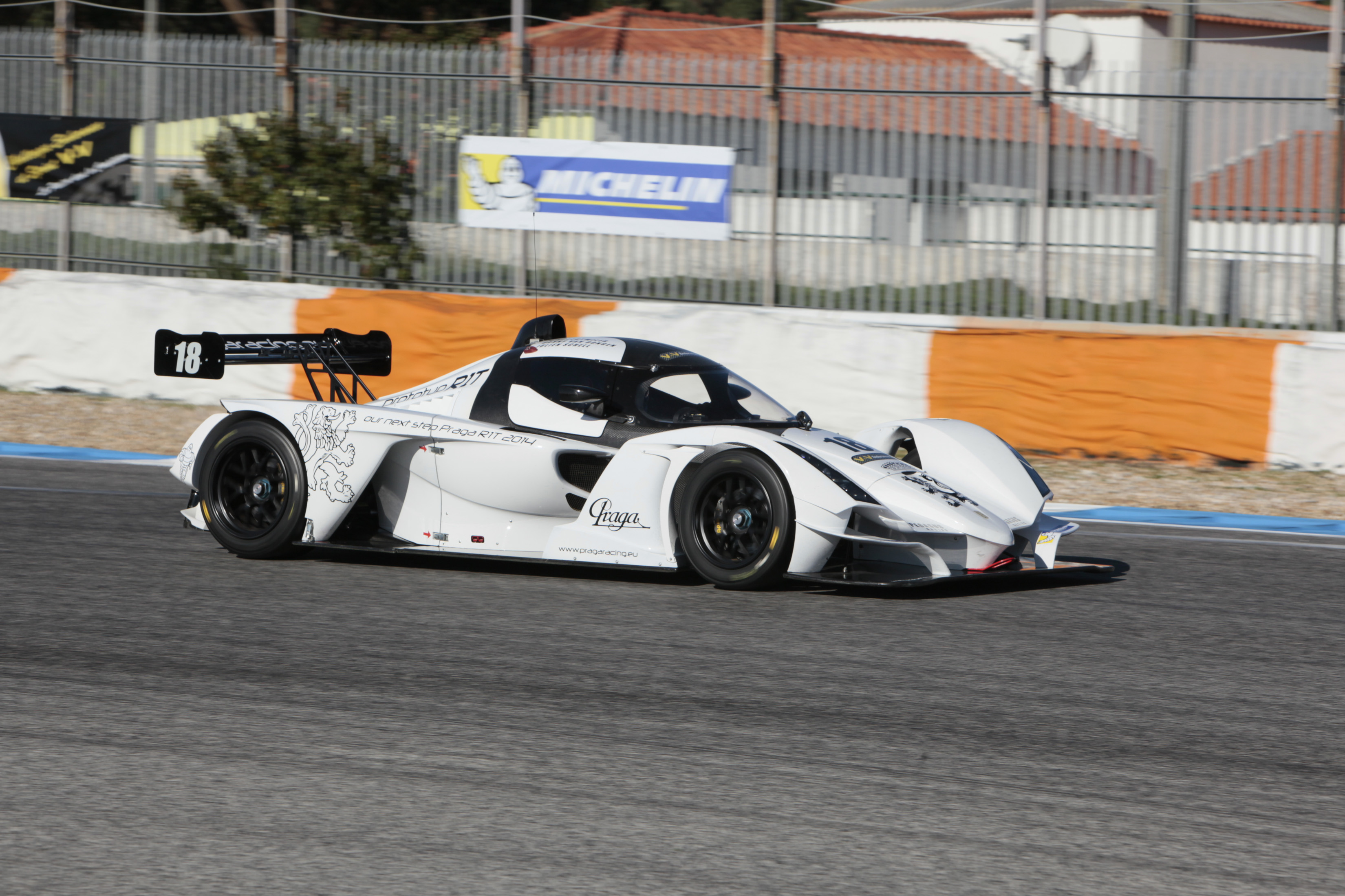 Vde V 2013 a ESTORIL - la PRAGA R1 Photo Maurice CAMUS